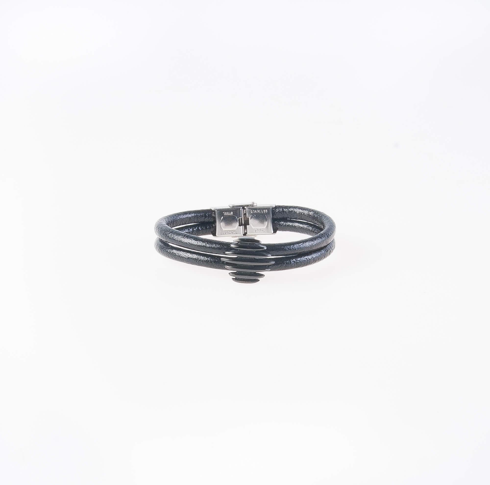 دستبند چرمی فلزی مردانه MM1011