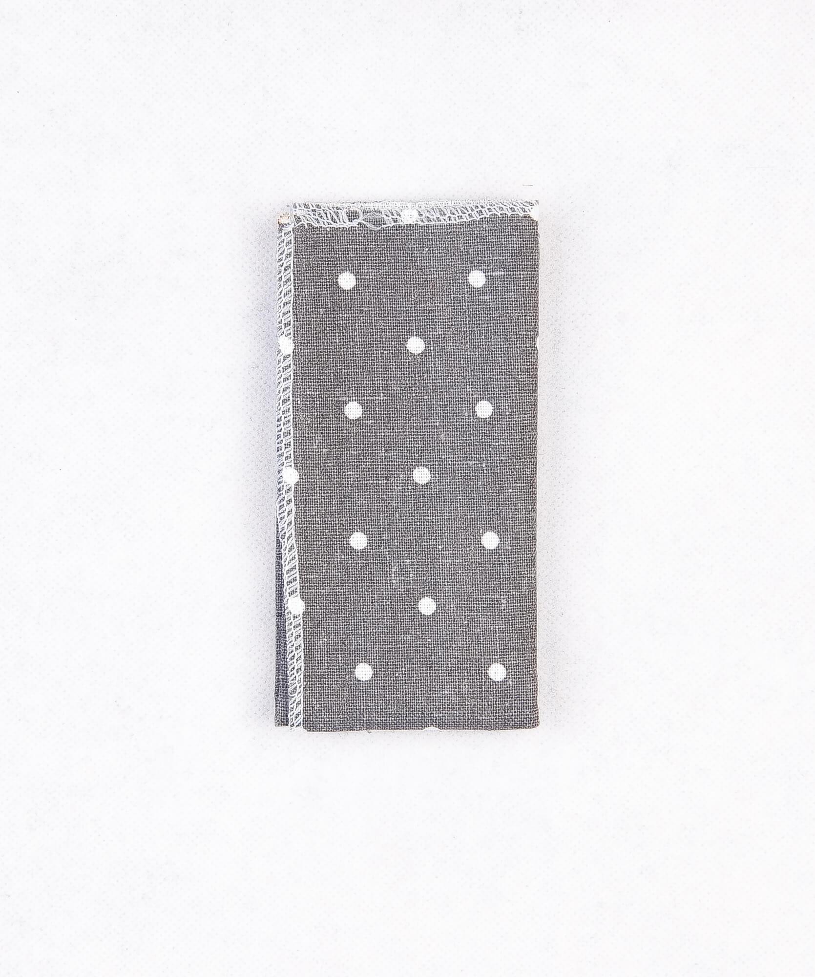دستمال جیب طرح دار خال دار رنگ خاکستری PS1003
