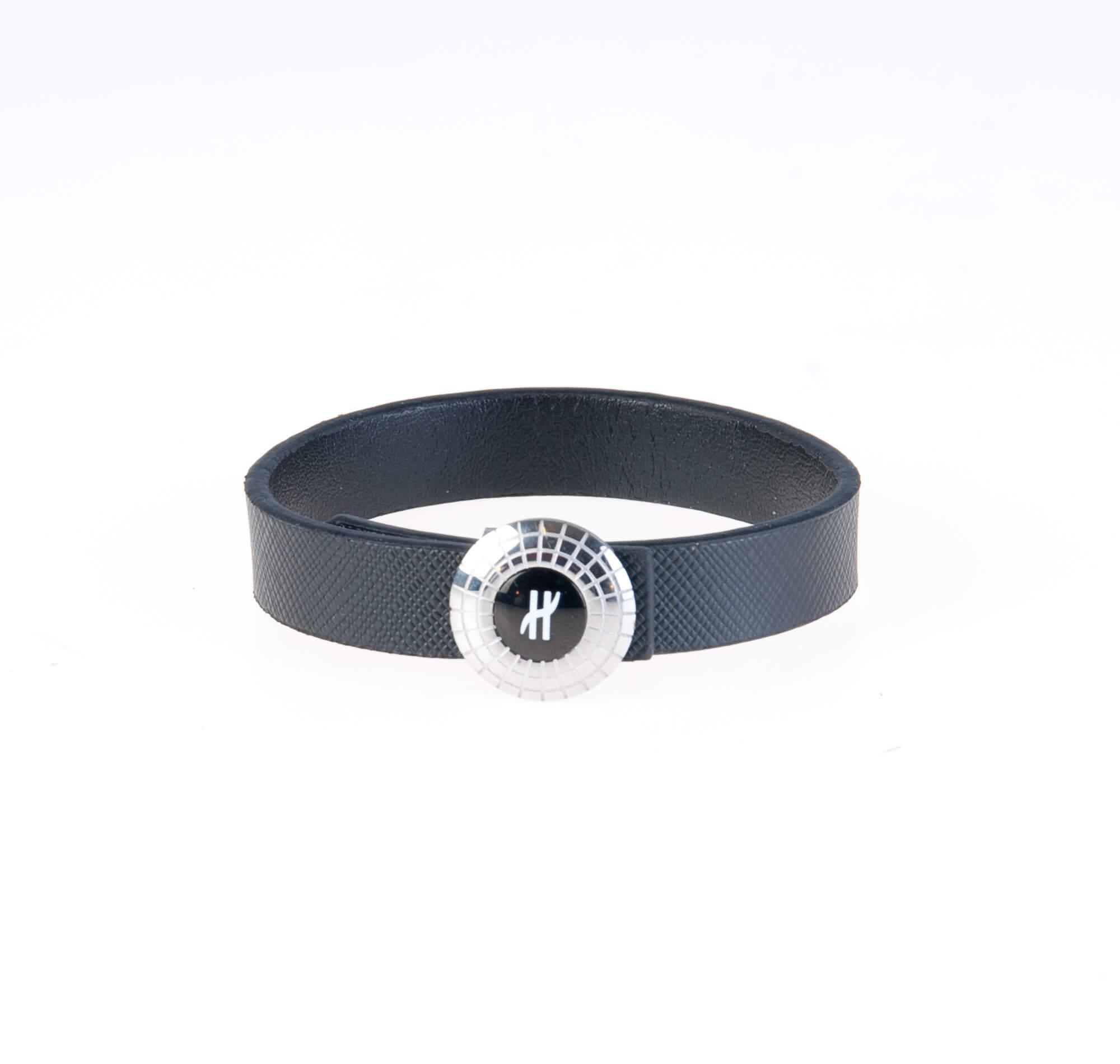 دستبند چرمی نقره ای مشکی مردانه LM1019