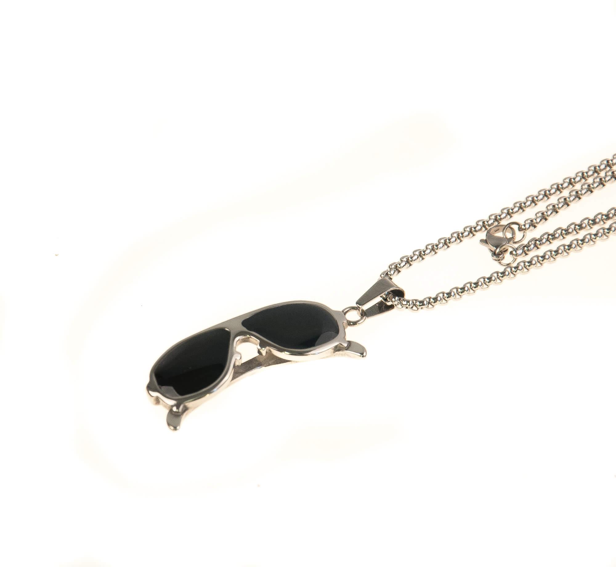 گردنبند استیل نقره ای مدل عینک NM1017