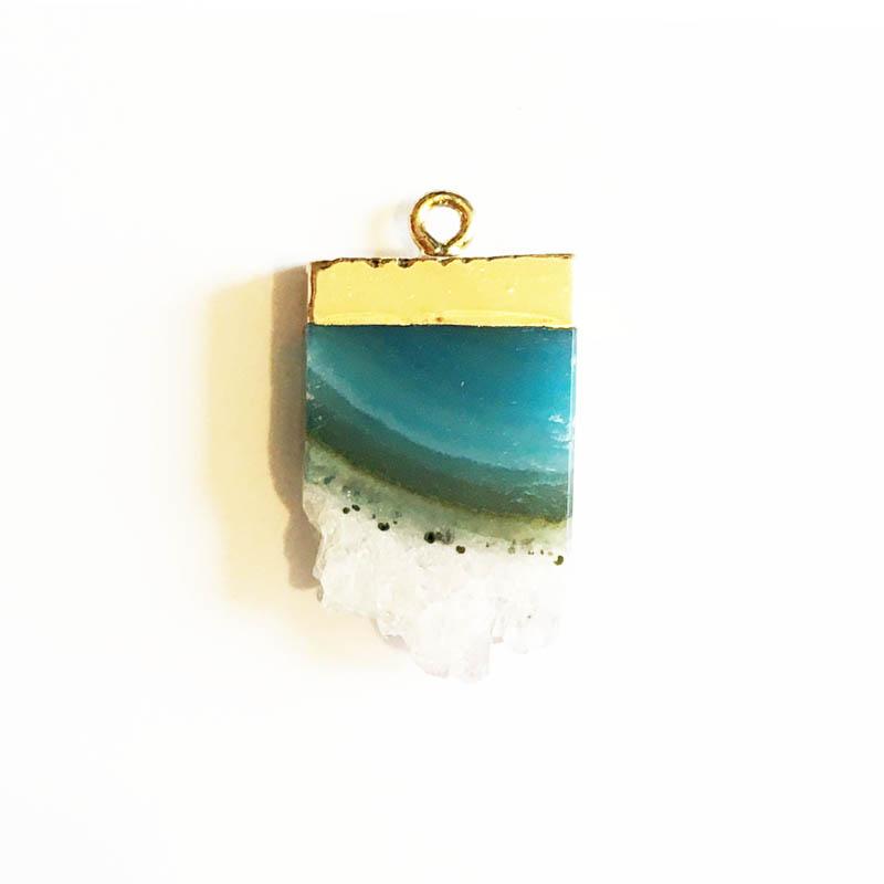 آویز گردنبند سنگ با یراق طلایی کد sg1303