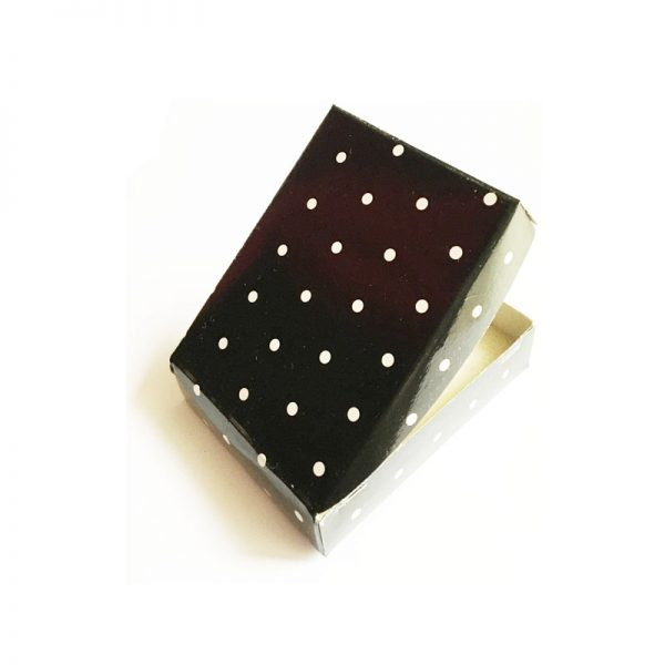 جعبه مقوایی کادویی کد bo1005