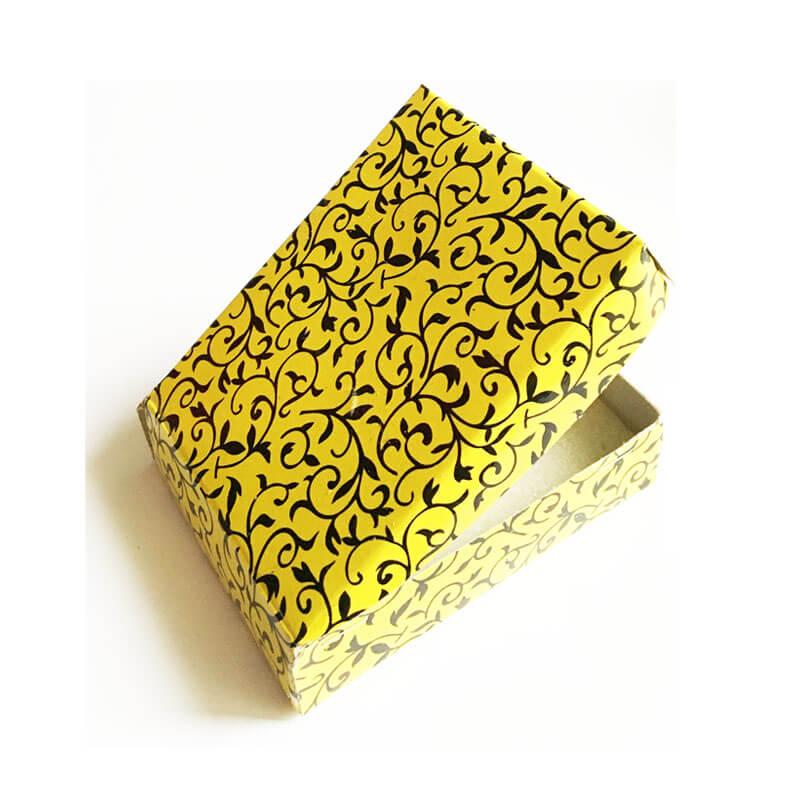 جعبه مقوایی کادویی کد bo1006