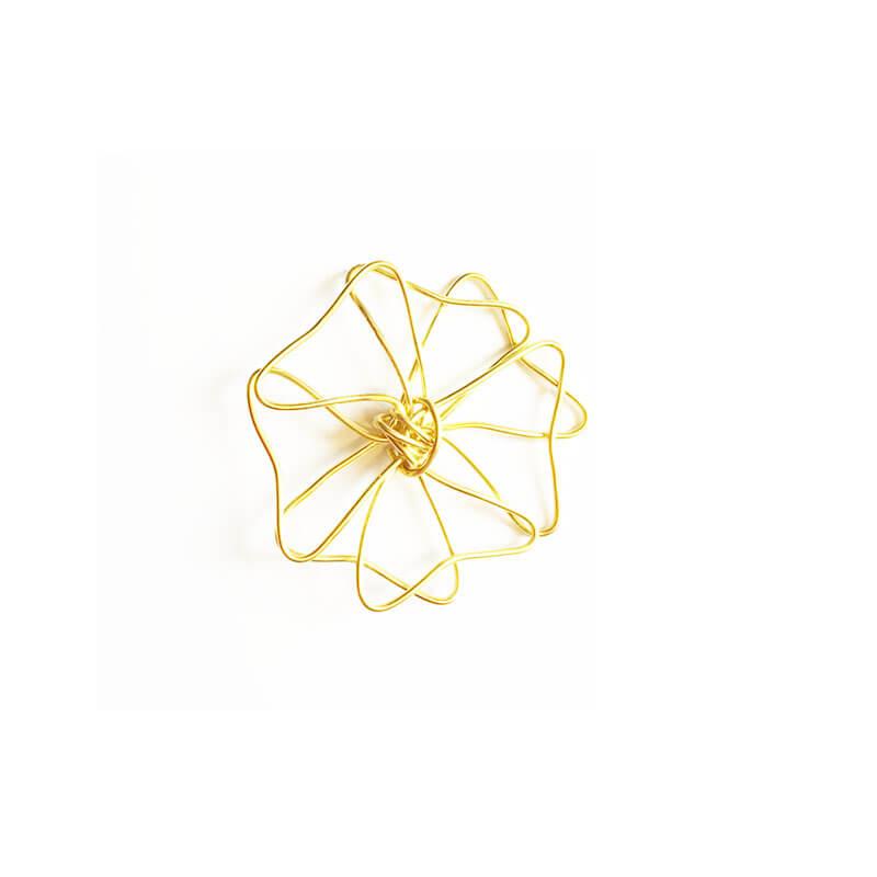 خرج کار طلایی گل 5cm