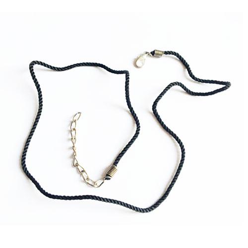 بند آماده گردنبند مشکی همراه با قفل و زنجیر بسته 8 عددی