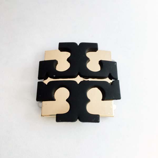 مارک مربع طلایی و مشکی